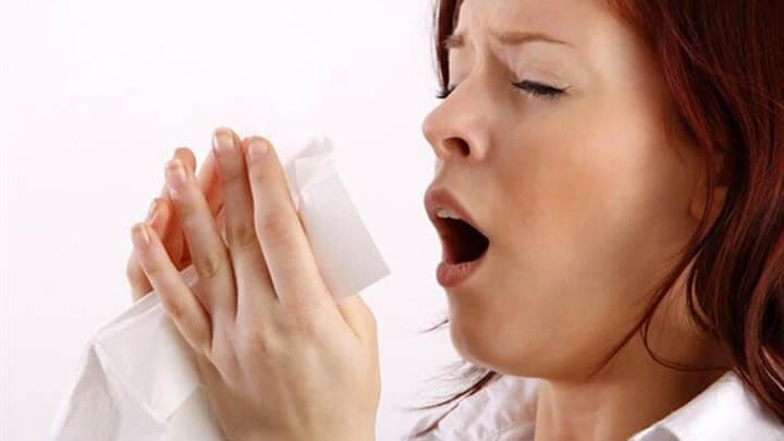 Hapşırırken ve Öksürürken Ağzı Kapatmak